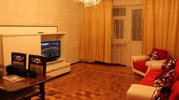 Квартира стандарт класса по проспекту Парламента,Баку