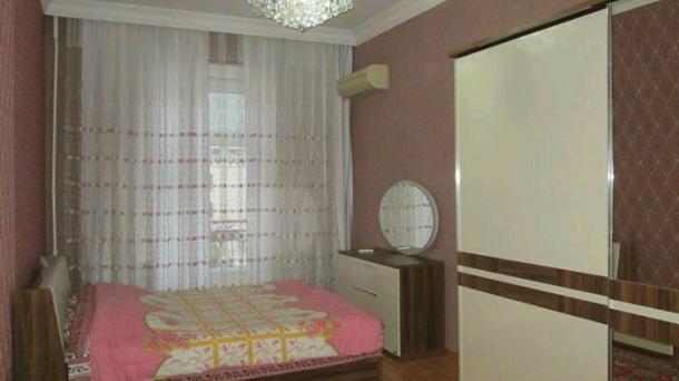 Сдам 3 комнаты по ул Низами, возле школы №160,Баку