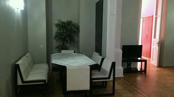 Сдам дуплекс 2 спальни возле Молоканского сада