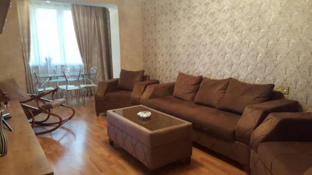 Сдается 2 ком. квартира возле Порт Баку