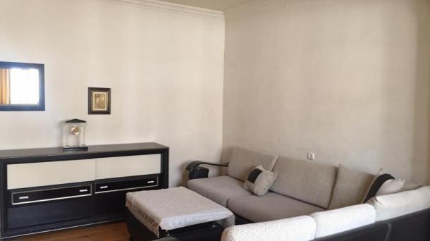 4 комнатные апартаменты возле центра Гейдара Алиева