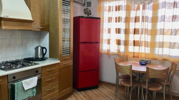 Сдается 2 комнатная квартира по Ататюрку