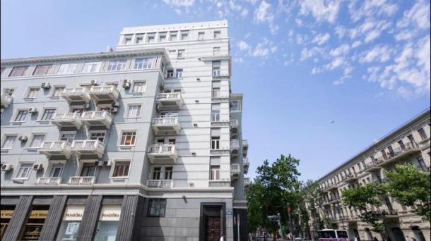 Апартаменты возле ст. метро Сахиль