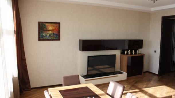 Новостройка, 2 комнаты возле метро Хатаи