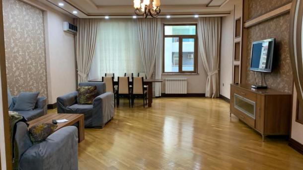 Сдается 3 комнатная квартира в новостройке