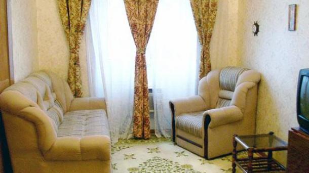 Сдается 2-х комнатная квартира возле т. Рашида Бейбутова